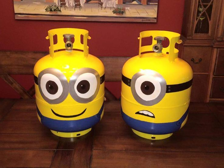 How cute! Propane tanks painted like minions.