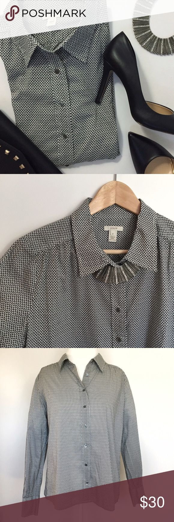 J.Crew black and white long sleeve button blouse • Excellent used condition, no holes / stains / smells • 100% cotton • Size 12 (measurements to follow) J. Crew Tops Button Down Shirts