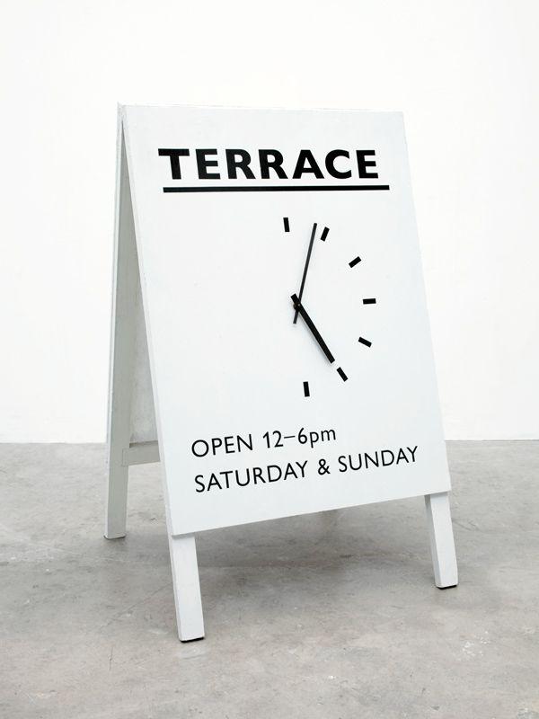 Opening hours reloj horario cartel