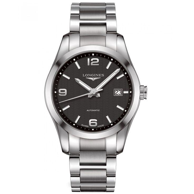 Reloj Longines de caja bisel y extensible de brazalete elaborados en acero color plata con  carátula  negra manecillas e indicadores luminiscentes y movimiento calibre 688/818.
