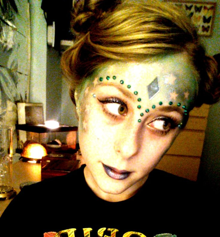 Yay for Alien Makeup