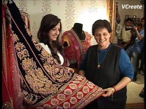 Amy Billimoria to design Falguni Pathak clothes this year.