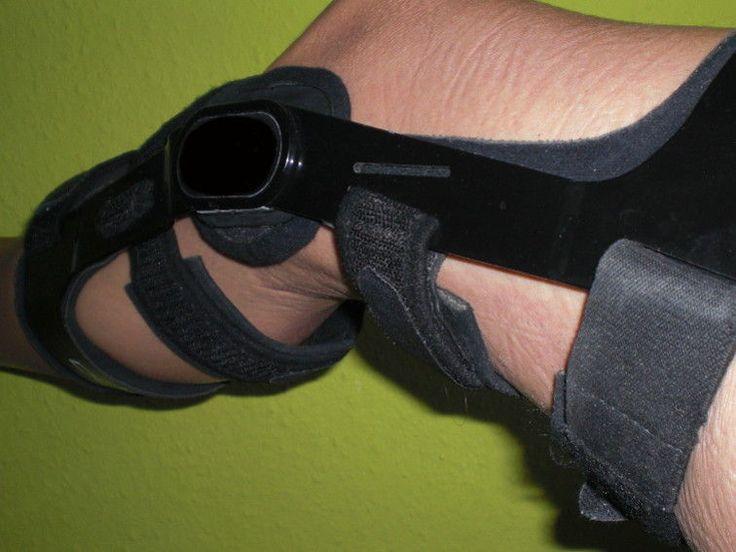 Erste Woche nach Kreuzbandriss OP: 12 Tipps für Kreuzband Reha Übungen, Kniescheibenmobilisation, Narbenpflege, Schmerzen und Knie kühlen.