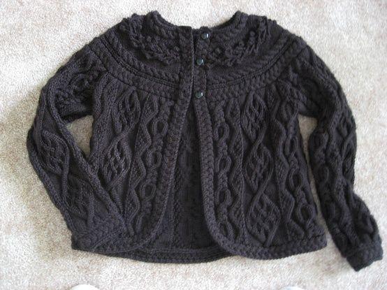 Briar Rose Cardigan. (Free pattern) Gorgeous!.