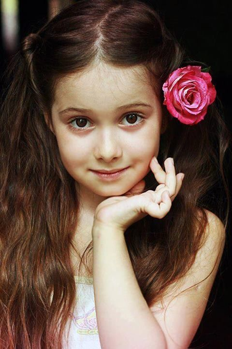 cute girl with rose | Pickcute - cute and inspirational ...