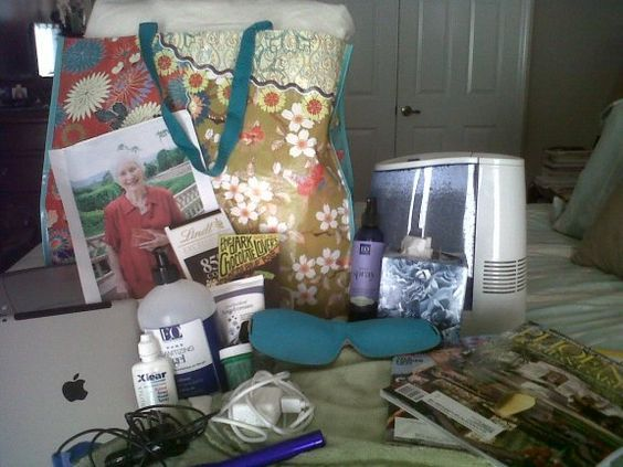 A Caregiver's Hospital Survival Kit: 20 Must-Have Items - Chargers, Healthy Snacks, flashlight, eye mask, and more... http://blog.aarp.org/