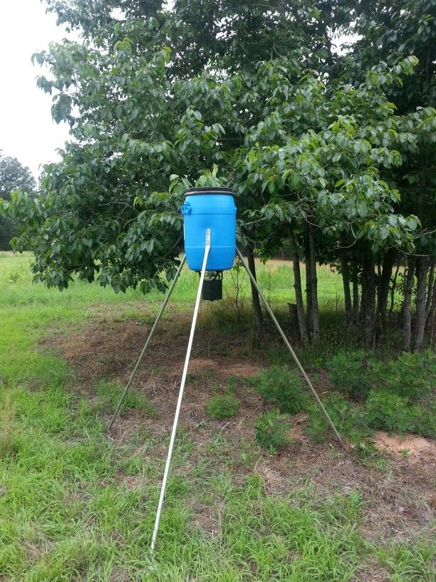 Homemade deer feeder