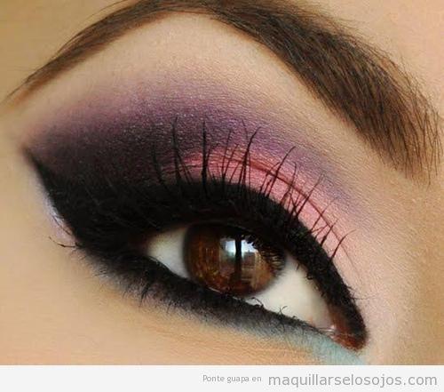 Maquillaje ojos rosa, lila y morado