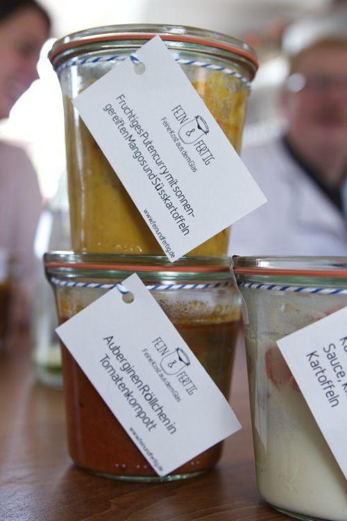 SUSIES Local Food Hamburg – das Netzwerk für regionales Essen in Hamburg.  Wir portraitieren Manufakturen, Cafés, Restaurants, Bauernhöfe, Initiativen  und Food-Blogs, die local Food anbieten, regionale Küche. Und in diesem  Artikel testen Susanne Baade und Dirk Lehmann, das Team von SUSIES LOCAL