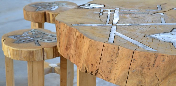 """table and stools """"Titano"""" Aluminum and wood by Livyng Ecodesign"""