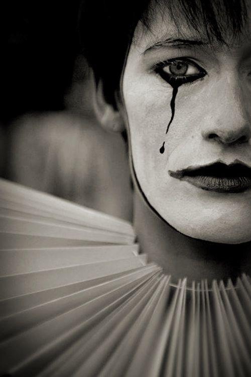 Cheerful sadness…(Alegre tristeza.)