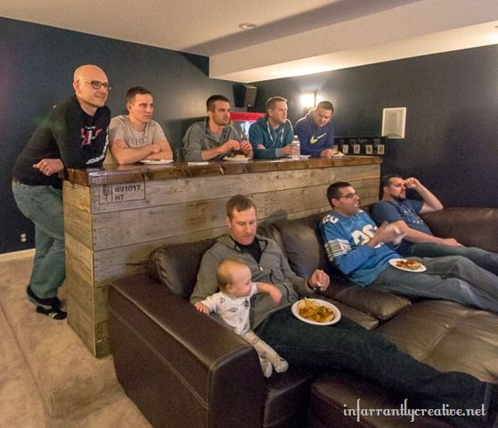 Free Man Cave Bar Plans : Man cave wood pallet bar free diy plans reclaimed