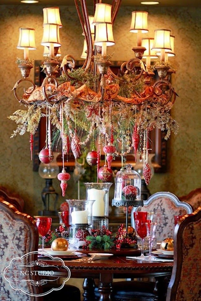 20 Beautiful Chandelier With Hanging Red Ornaments Vintage Ribbon And Evergreens Digsdigs
