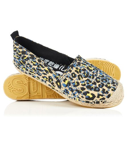 #superdry Superdry women's Erin printed espadrilles. These classic design espadrilles feature a heel pull tab and toe reinforcement stitching. 4247256000016BZ3028 Black Condition | new