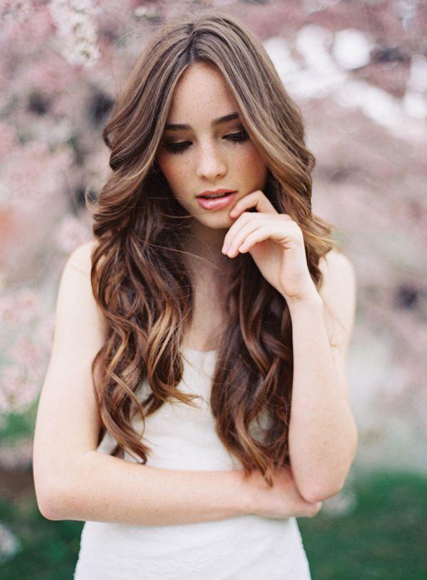long, simple curls for wedding hair