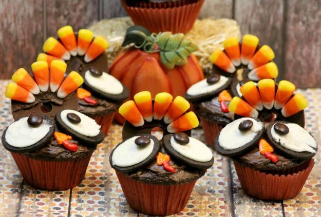 Thanksgiving Turkey Cupcakes | 16 Thanksgiving Dessert Recipes To Celebrate A Sweeter Life