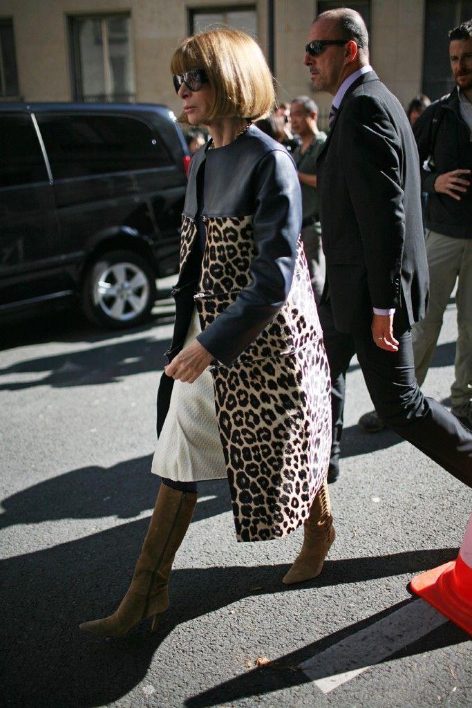 VOGUEの編集長として世界中の最先端トレンドを目撃し続けるアナ・ウィンター。一人の働く女性としても彼女のファッションが気になる!いつまでも美しく輝き続けるファッションの秘密とは?