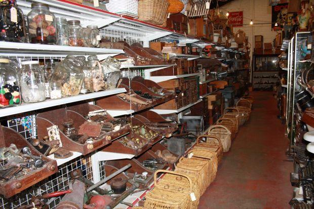 Vintage shops Byron Bay - Heath's Old Wares in Bangalow