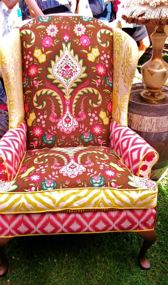 The colors and designs just scream HAPPY!