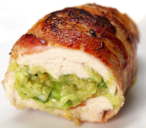 Pechuguitas de Pollo Rellenas con Guacamole. Receta ¡Para chuparse los dedos! http://clubvive100.com/pechugas-de-pollo-rellenas-con-guacamole/ Club Vive100