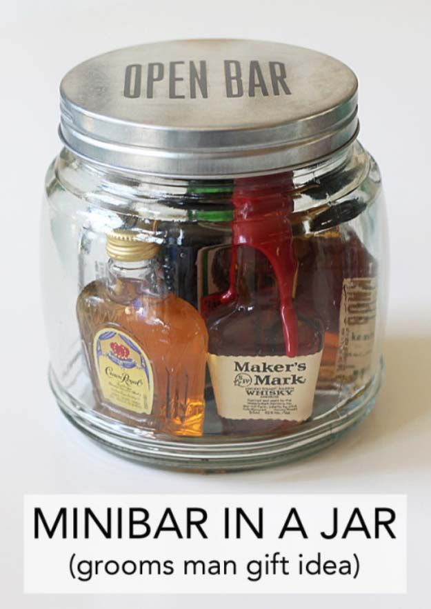 DIY Gifts For Men | Awesome Ideas for Your Boyfriend, Husband, Dad - Father , Brother and all the other important guys in your life. Cool Homemade DIY Crafts Men Will Truly Love to Receive for  Christmas, Birthdays, Anniversaries and Valentine's Day | Mini Bar in a Jar