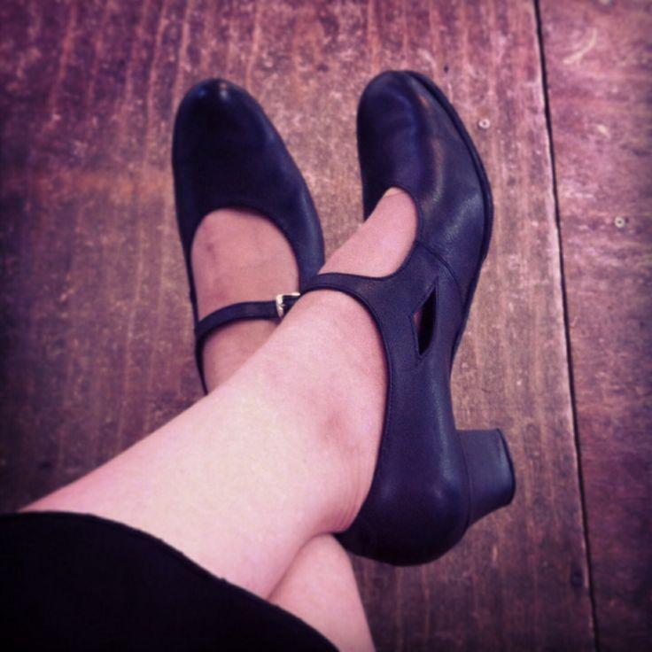 Zapatos, un día bailando flamenco.
