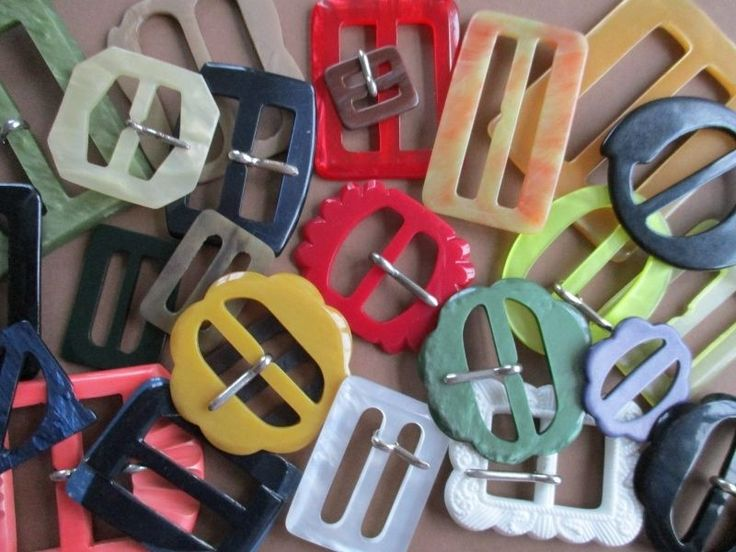 JOB LOT COLOURFUL VINTAGE BUCKLES x 25 noelhumphrey on eBay.co.uk