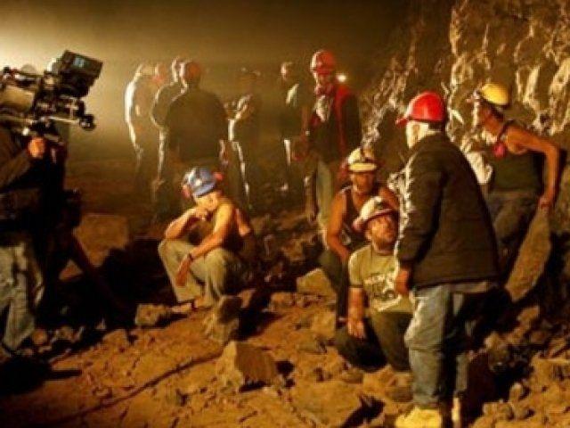 Lanzan trailer de la película Los 33, sobre mineros chilenos