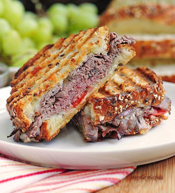 Roast Beef Panini | Recette | Bœuf rôti, Italien et Déjeuners