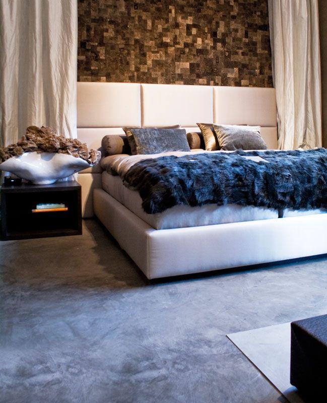 Suite Hotel, Moscow. Polyurethane resin floor, trowelled effect,  Manchester colour palette. Metropolis by Ivas