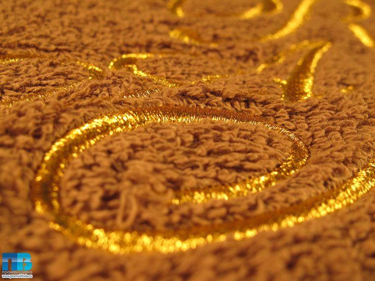 #Вышивка золотом на махровом полотенцах #полотенца #embroidery