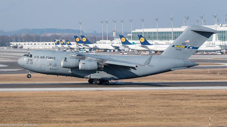 U.S. Air Force C17A Globemaster am Flughafen München