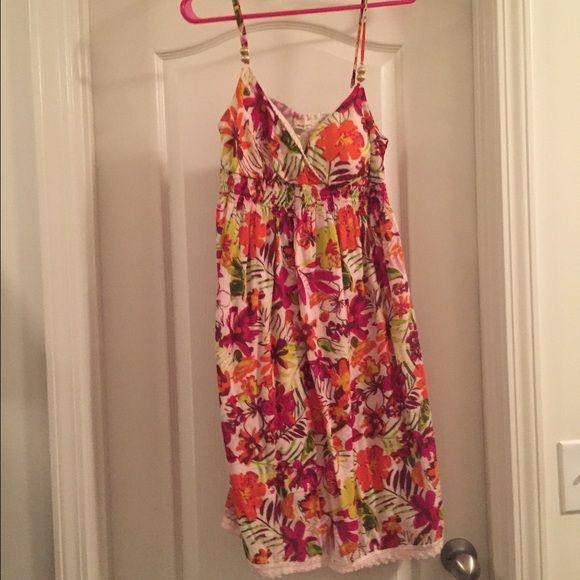 Flowery dress Flowery dress Derek Heart Dresses Midi