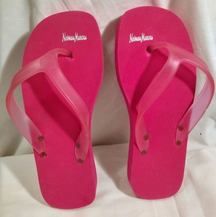 Neiman Marcus Shoes Hot Pink Size 7 Thick Vintage Flip Flops NWOT #NeimanMarcus #FlipFlops #Beach