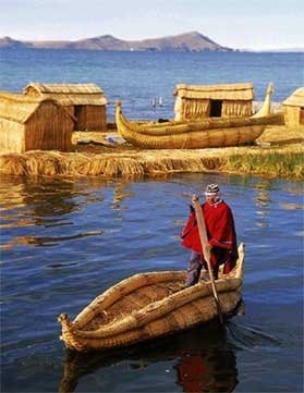 PUNO - TITICACA LAKE PERU: UROS
