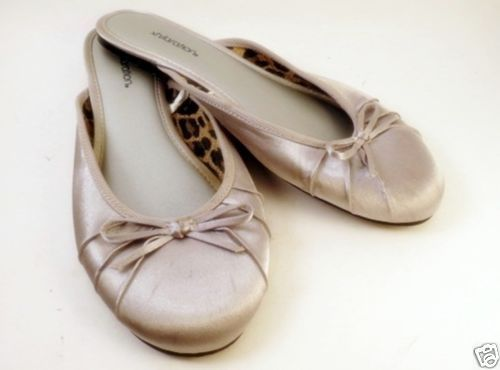1ea58d8627 Womens Silver Xhileration Slip on Slippers Sz 7 Flat Slides