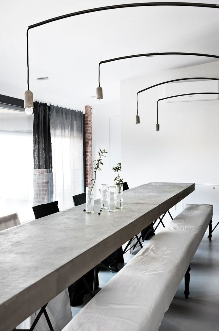 White and concrete for an industrial look