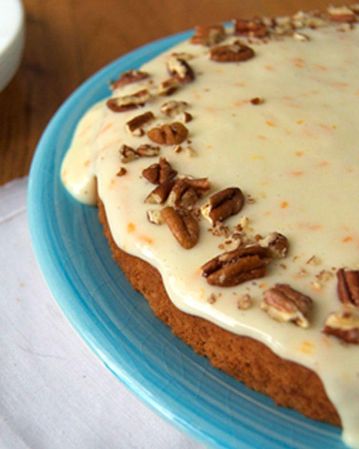 43. Spaghetti Squash Cake With Cream Cheese Glaze #comfortfood #squash #spaghettisquash #vegetarian #vegetarianrecipes http://greatist.com/eat/spaghetti-squash-recipes