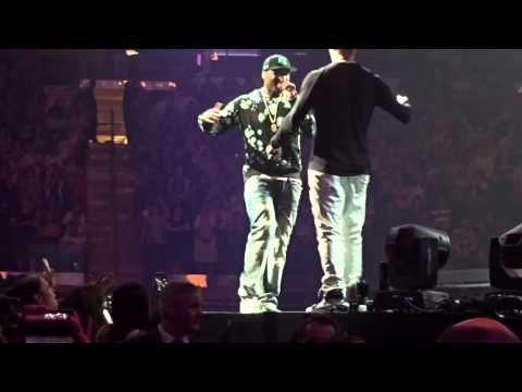 New Kids on the Block, 50 cent and Mark Wahlberg @ Madison Square Garden - YouTube