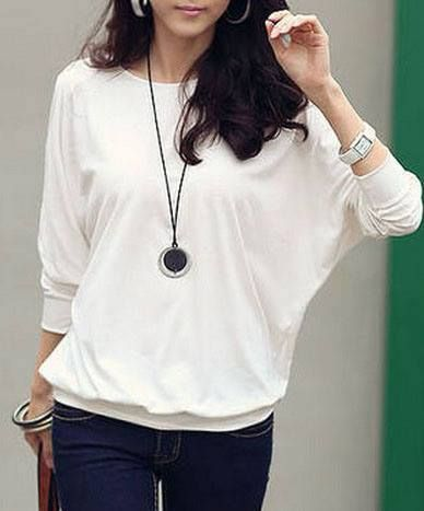 FR088 ROUND NECK LOOSE SILK T-SHIRT Price: ₱350.00 Size: Free Color: White Condition: 100% Brand New / Without any accessories Remark: Please note that due to limitations in photography and the inevitable differences in monitor settings, the colors shown in the photography may not correspond 100% to those in the items themselves. Fabric: Silk