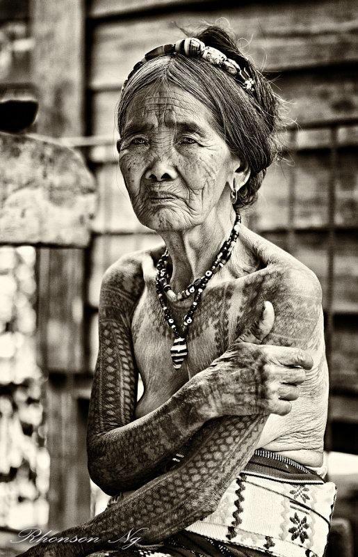 Philippine tattoo artist Whang Od....its an honor to meet her....#futurenationalartist #philippinesoldesttatooartist