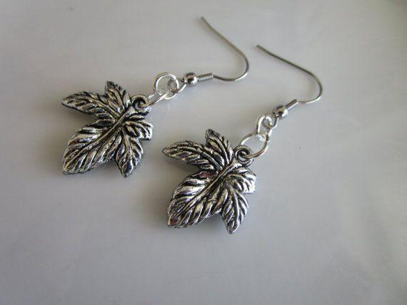 Silver tone carved leaf earrings stainless steel by LeeliaDesigns