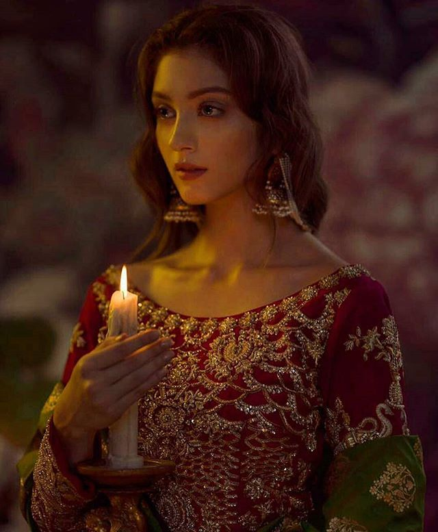 """@Regrann from @pakistanvogue -  Exquisite ♥️♥️ Ali Xeeshan Bridal Couture #pakistanvogue #alixeeshantheaterstudio #asianbridal #wishlist#asiandress#weddindress  #weddingdress #wedding #weddingku #weddingphotography #night #view #candle #intense #hairstyles #hair #perfect #closeup #pics #candid #model #modeling #fashionph #vibes #pakistanblogs #like4like"" by @pakistanblogs. #eventplanner #weddingdesign #невеста #brides #свадьба #junebugweddings #greenweddingshoes…"