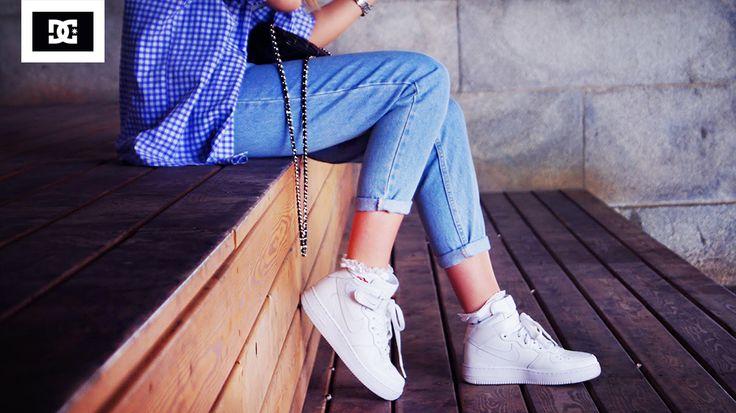 Скидка 50% на женские кеды и кроссовки в магазине DC Shoes!  Успейте купить со скидкой - http://newcod.ru/shops/odezhda/?m=show_frame&coupon=9992