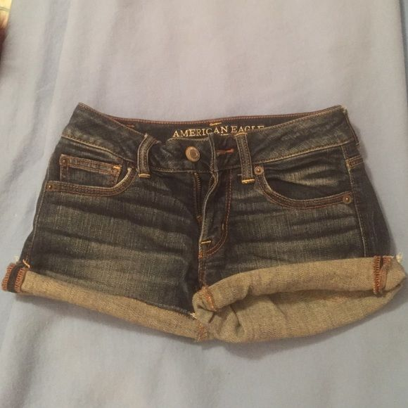 American Eagle Shorts Practically good as new!! These stretch and are true to American eagles sizing. ( I wear a 1 in most jeans but a 0 in American eagle) American Eagle Outfitters Shorts Jean Shorts