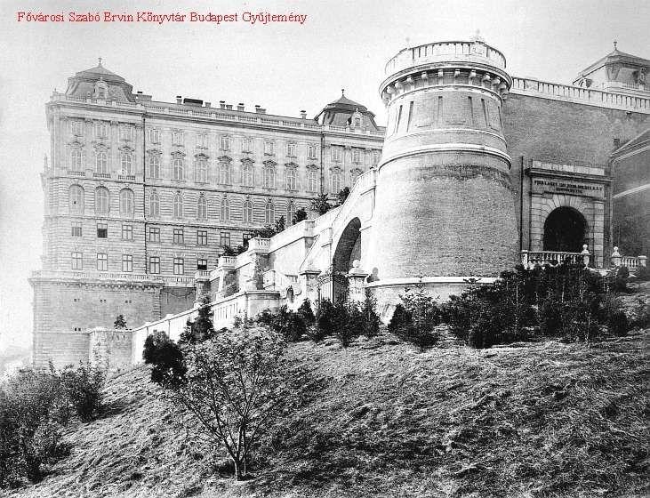Budavári Palota - A palota várkert tornya