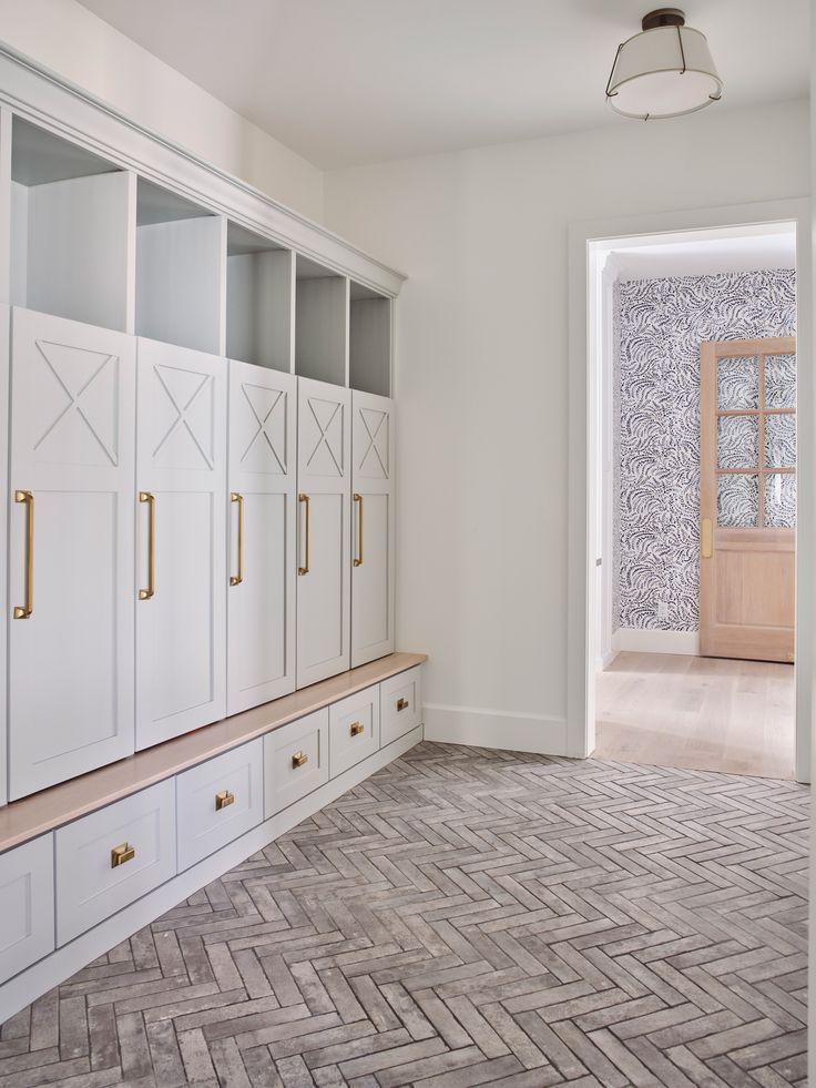 Legacy In Silverleaf Mudroom Design Mudroom Flooring Mudroom Lockers