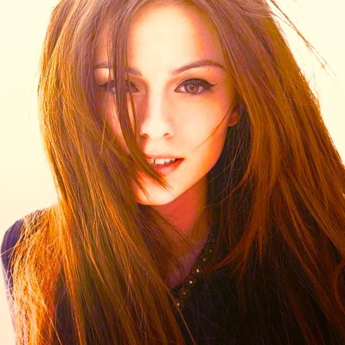 Cher Lloyd...Long hair layered in front
