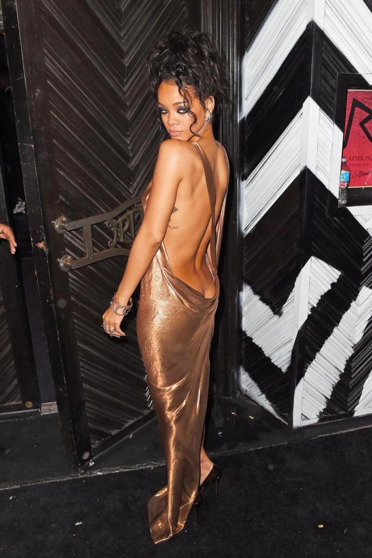 Solange Knowles was kicking and slapping Jay Z on May 5 after he tried to keep…