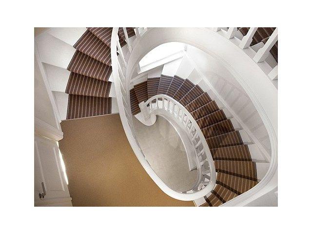 Gaat het om een grote trap over meerdere verdiepingen, dan is renoveren een pak goedkoper.